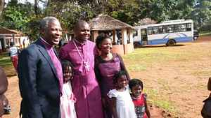 Bp Vicente and family